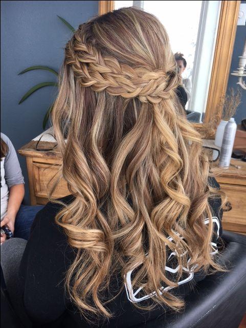 10 Kiểu tóc tết xinh cho buổi tiệc không thể bỏ qua