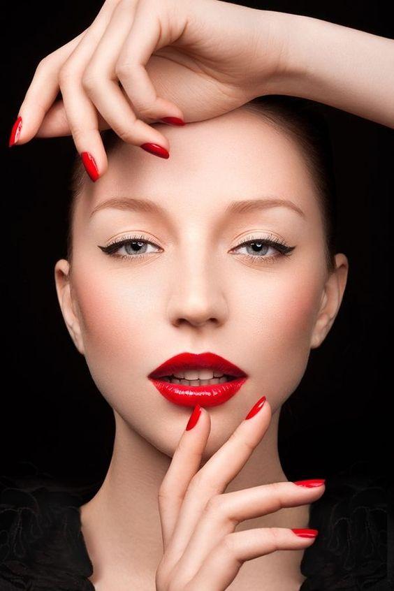 Son môi đỏ, son moi do