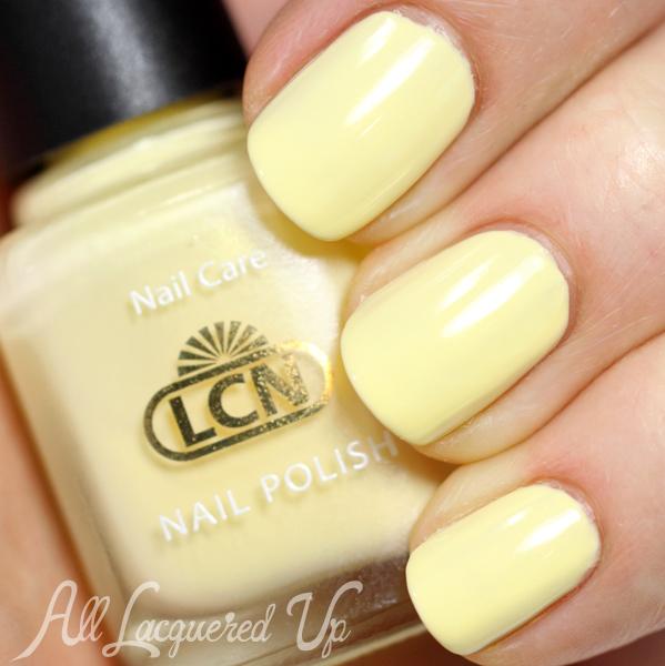14 loại sơn móng tay màu vàng
