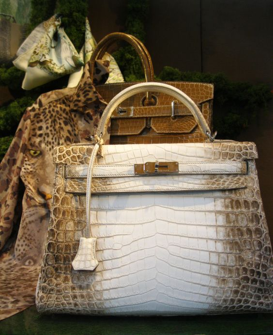 chiếc túi bán chạy nhất mọi thời đại, chiec tui ban chay nhat moi thoi dai