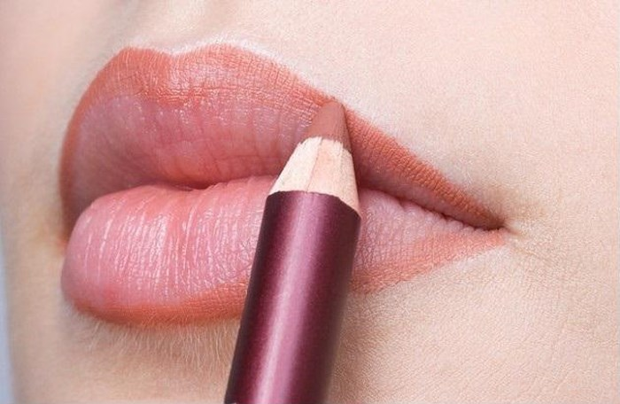 bí quyết thoa son môi đẹp, bi quyet thoa son moi dep