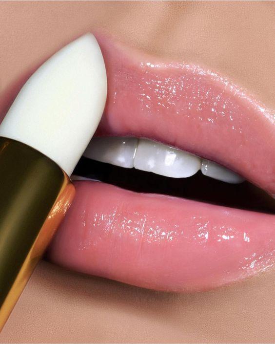 lợi - hại trong việc sử dụng son môi, loi - hai viec su dung son moi