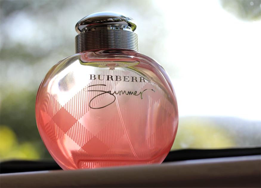 nước hoa mùi hương quyến rũ, nuoc hoa mui huong quyen ru